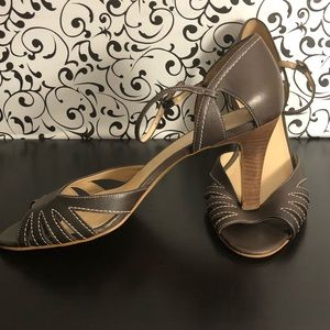 ANN TAYLOR LOFT Brown Open Toe Pump Heels Size 10